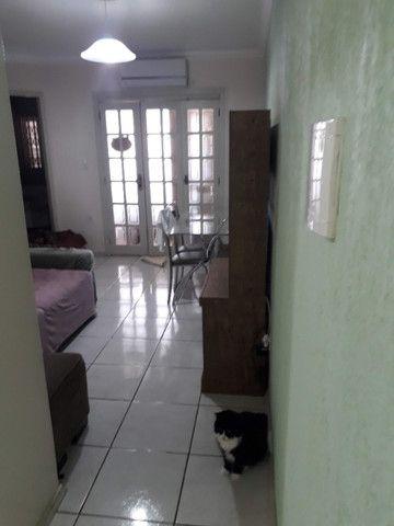 Casa 2 dormitórios excelente localização em Esteio - Foto 11