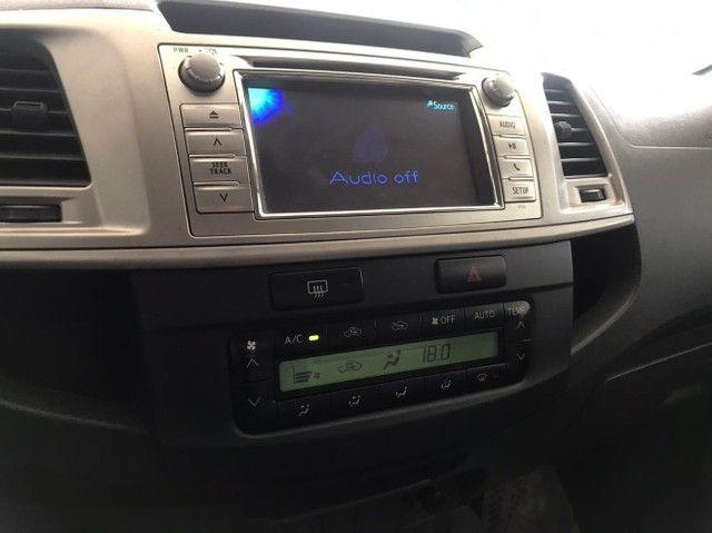 Toyota Hilux SRV 4x4 Diesel Automatico 2012 - Foto 3