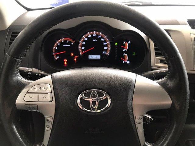 Toyota Hilux SRV 4x4 Diesel Automatico 2012 - Foto 8