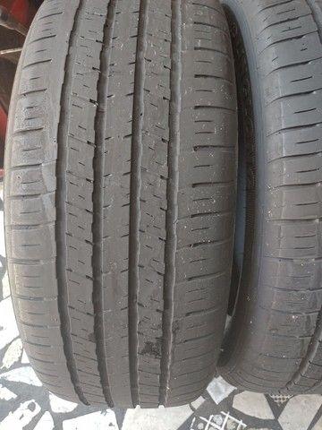 2 pneus aro 18 215/55/18 seminovo - Foto 4