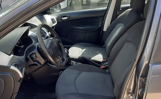 Peugeot 207 Sed. Passion XR Sport 1.4 Flex 8V 4p - 2012 - Foto 10