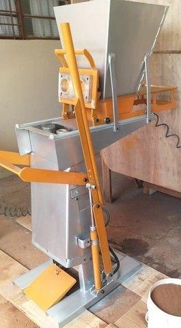 Maquina/ Prensa de tijolos hidráulica
