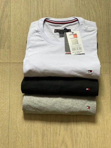 Grande variedade de roupa - camisas  - Foto 4