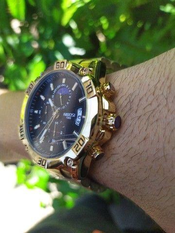 Relógio Masculino NiBOSi Dourado - Foto 4