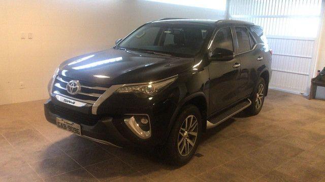 Toyota  SW XRS ANO 2019 - Foto 4