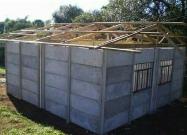 Alugo formas para muros e casas