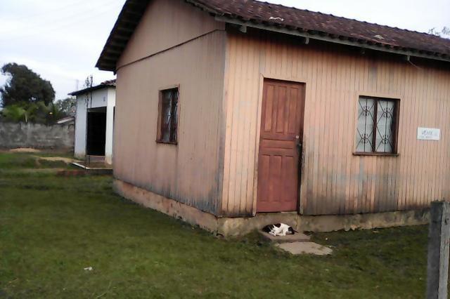 Vende-se uma casa no humaitá amazonas rua pará 1660 bairro são Cristóvão no centro