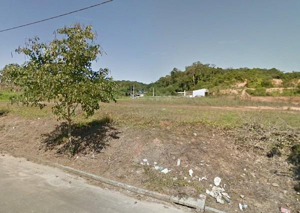 Terreno com 360m² no Glória, próximo a BR101