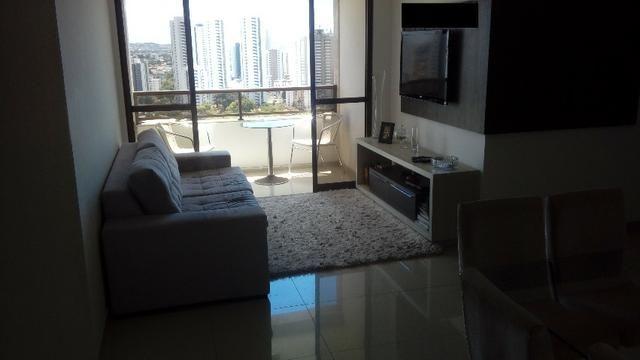 Apto de 3 quartos com piscina,mobiliado,21ºandar, nascente e 2 vagas garag livre e coberta