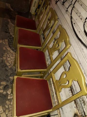 Cadeiras madeira dourada acolchoado - Foto 2