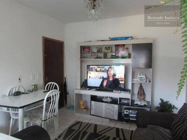 F-AP0912 Apartamento com 2 dormitórios à venda, 45 m² por R$ 129.000 - Fazendinha-Curitiba - Foto 2