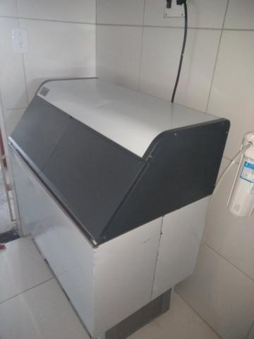 Máquina de gelo