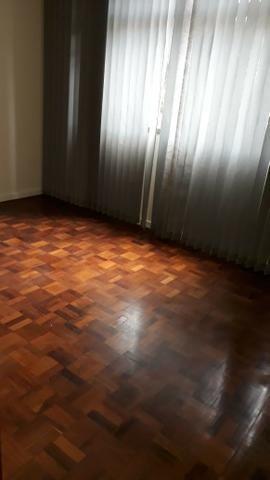 Apartamento 3 quartos, sendo 1 suíte-Com vaga -Centro-Petrópolis - Foto 6