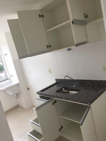 Alugo Apartamento 2 quartos, sala, cozinha, vaga de garagem - Foto 5