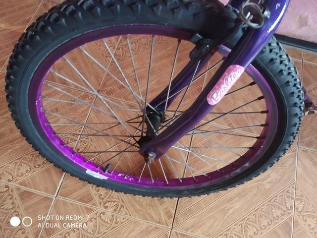 Bicicleta feminina infantil aro 20 - Foto 3