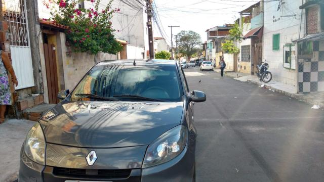Vendo Renault Sandero 2014 completo - Foto 5
