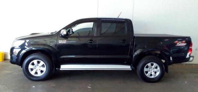 Toyota Hilux Srv 2012 - Foto 2