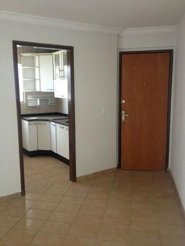 Vendo apartamento 2 quartos com 2 vagas Jd América 170mil - Foto 2