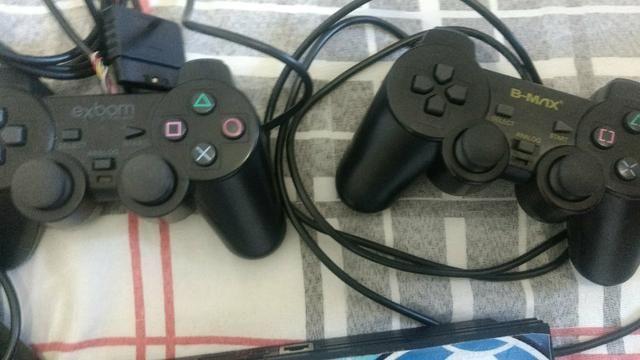 PS2, bem Cuidado, 3 controles e jogos - Foto 4
