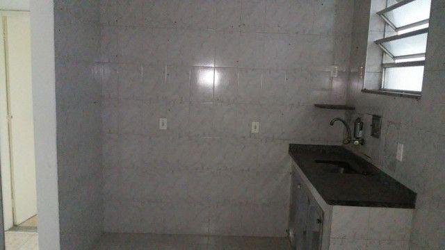 Apto 2 Quartos e Sala em L Podendo Fazer + 1 Quarto em frente ao Banco do Brasil Ac. Carta - Foto 6