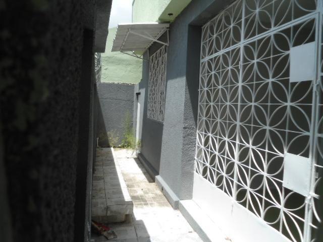 Casa com 5 dormitórios à venda, 278 m² por R$ 390.000,00 - Montese - Fortaleza/CE - Foto 3