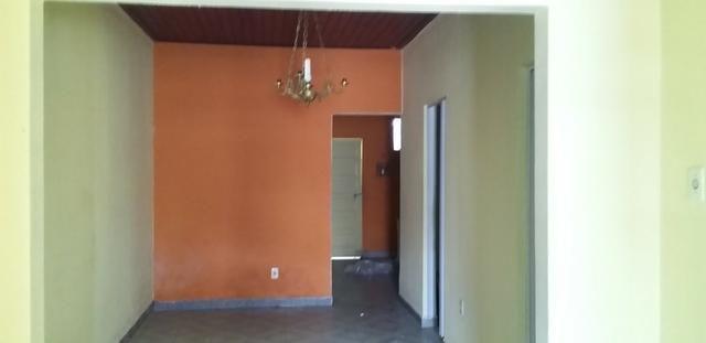Casa livre em Alagoinhas na Rua Murilo Cavalcante, podendo construir. ampliar - Foto 8