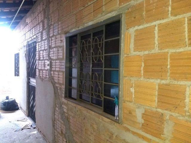 Vendo uma casa quitada na rua F23 Cidade Jardim Parauapebas PA - Foto 10