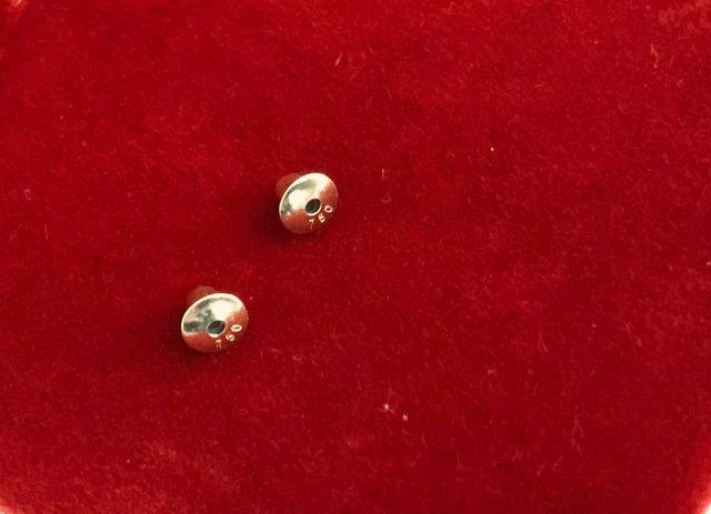 Brinco infantil ouro 18k zircônia rosa 4mm - Foto 2