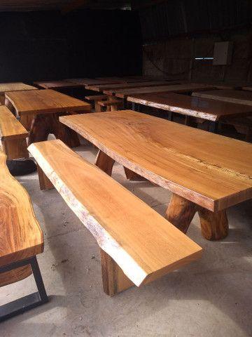 Mesas Rústicas, com os pés de ferro e também de madeira