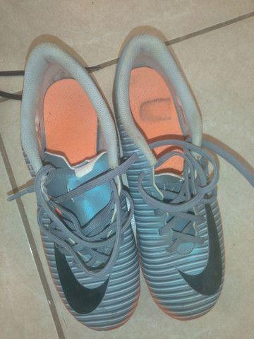 Vendo Chuteira Da Nike,n°38 original - Foto 2