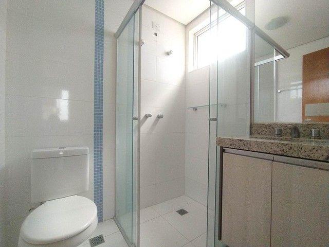 Locação   Apartamento com 86.87 m², 3 dormitório(s), 2 vaga(s). Vila Cleópatra, Maringá - Foto 8