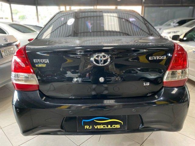Toyota Etios Sedan X Plus 1.5 Completo 2020 - Foto 6