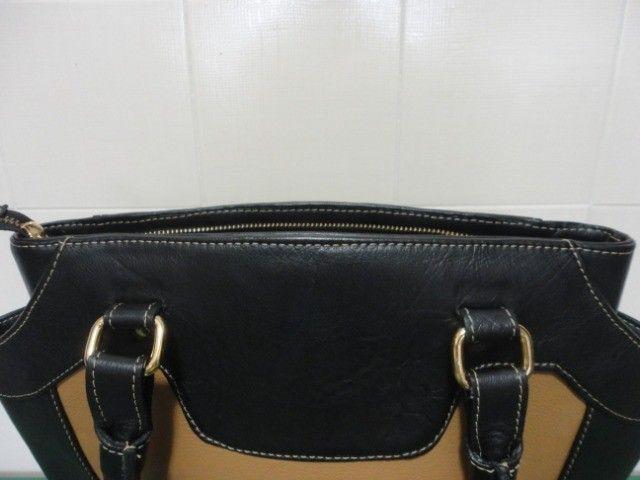 Bolsa feminina em couro legítimo - conservadíssima - Foto 4