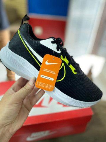 Nike  - Foto 2