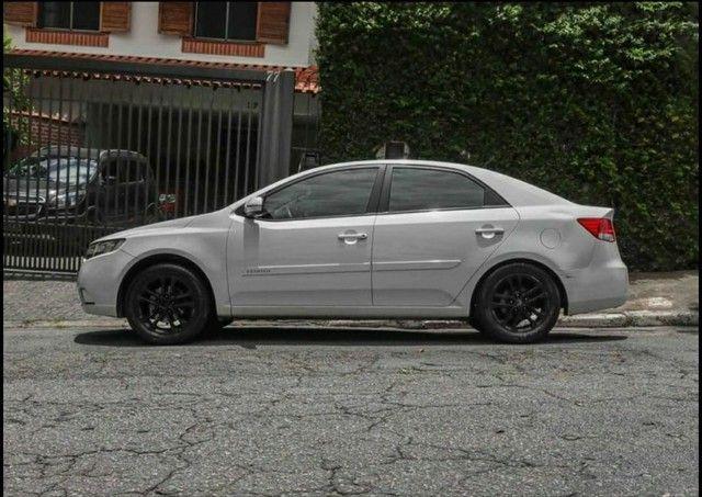 Kia Cerato<br>EX 1.6 16V (aut) 2011 - Foto 2