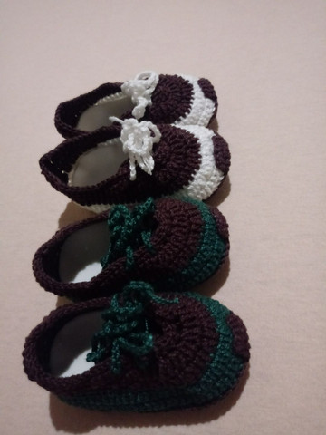 Sapatinhos de crochê - Foto 3