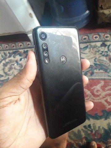 Moto g8 play ele está novinho e ainda vai com carregar original tudo ok - Foto 3