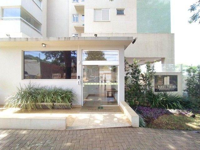 Locação   Apartamento com 86.87 m², 3 dormitório(s), 2 vaga(s). Vila Cleópatra, Maringá - Foto 2