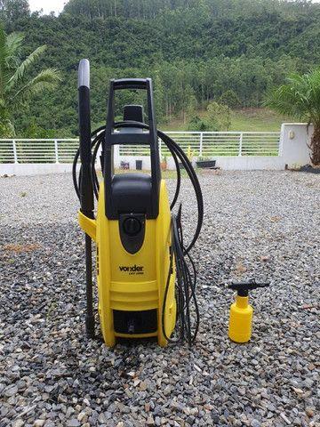 Lavadora de Alta Pressão Vonder LAV 1800 2000 Libras 1800W 220V Preto e Amarelo