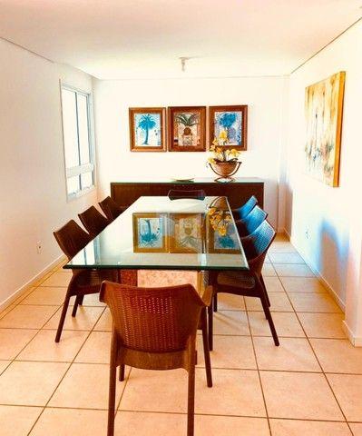 Apartamento para venda possui 200 metros quadrados com 4 quartos em Porto das Dunas - Aqui