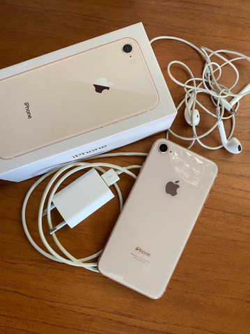 iPhone 8 Gold, impecável .