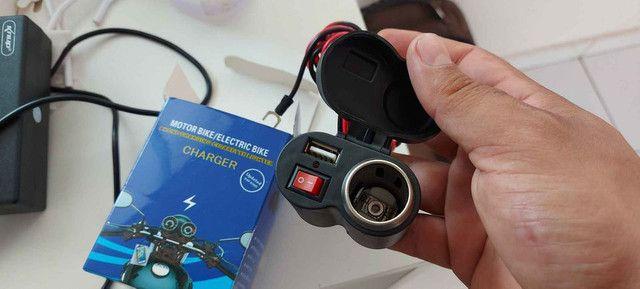 Carregador USB esqueiro para moto  - Foto 3