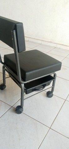Cadeira de manicure e outros - Foto 2