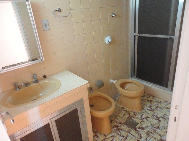 Apartamento com vaga de garagem, composto por sala, 2 quartos, banheiro social, cozinha, á - Foto 9
