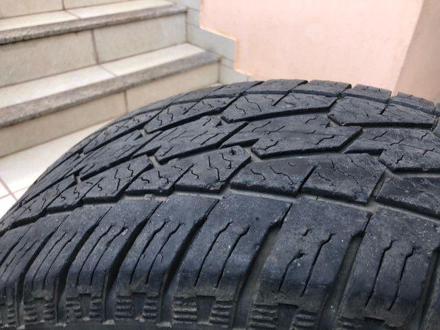 Vendo 02 pneus 255/60R18  - Foto 4