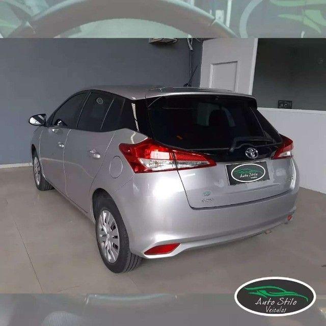 Toyota Yaris live Prata  2019/2020 Completo  - Foto 10