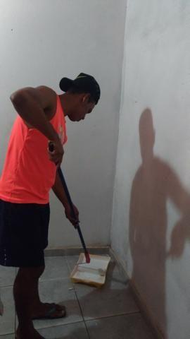 Faço serviços de pintura