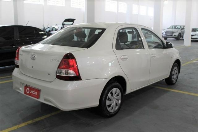 Toyota Etios - Foto 6