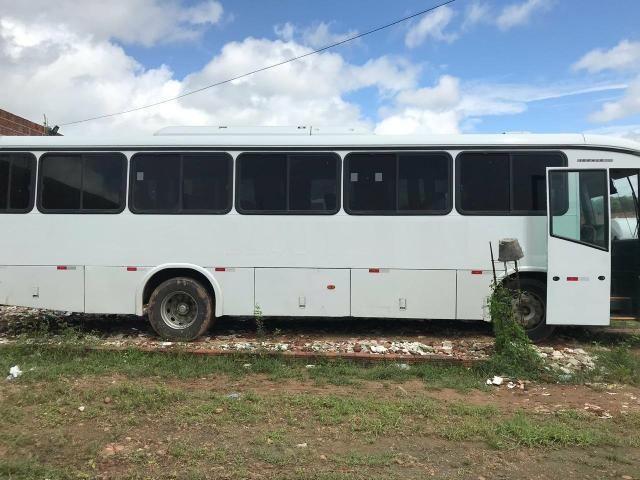 Ônibus motor dianteiro of 1418