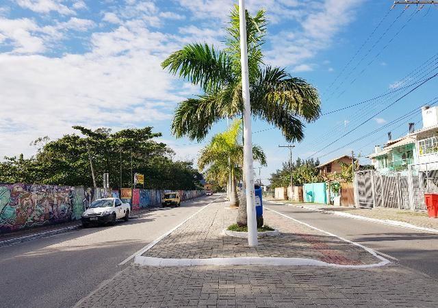 Pra ir à pé para a Praia - Casa em Condomínio Fechado com 4 Dormitórios - Foto 15